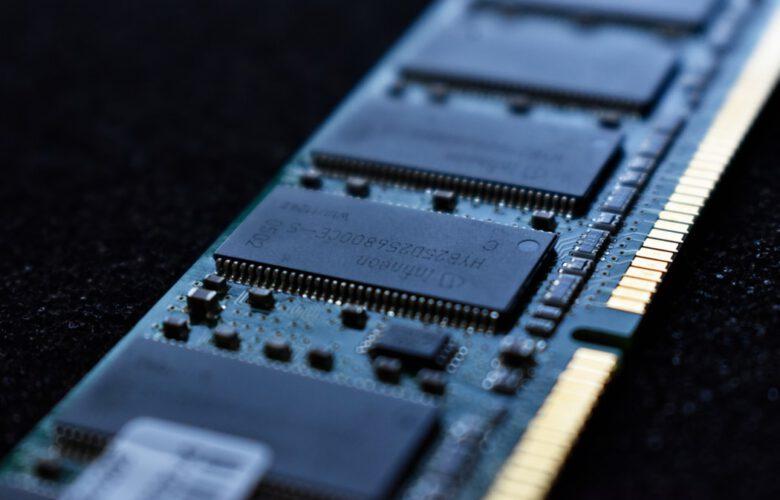 Jak wybrać pamięć RAM do komputera i laptopa?