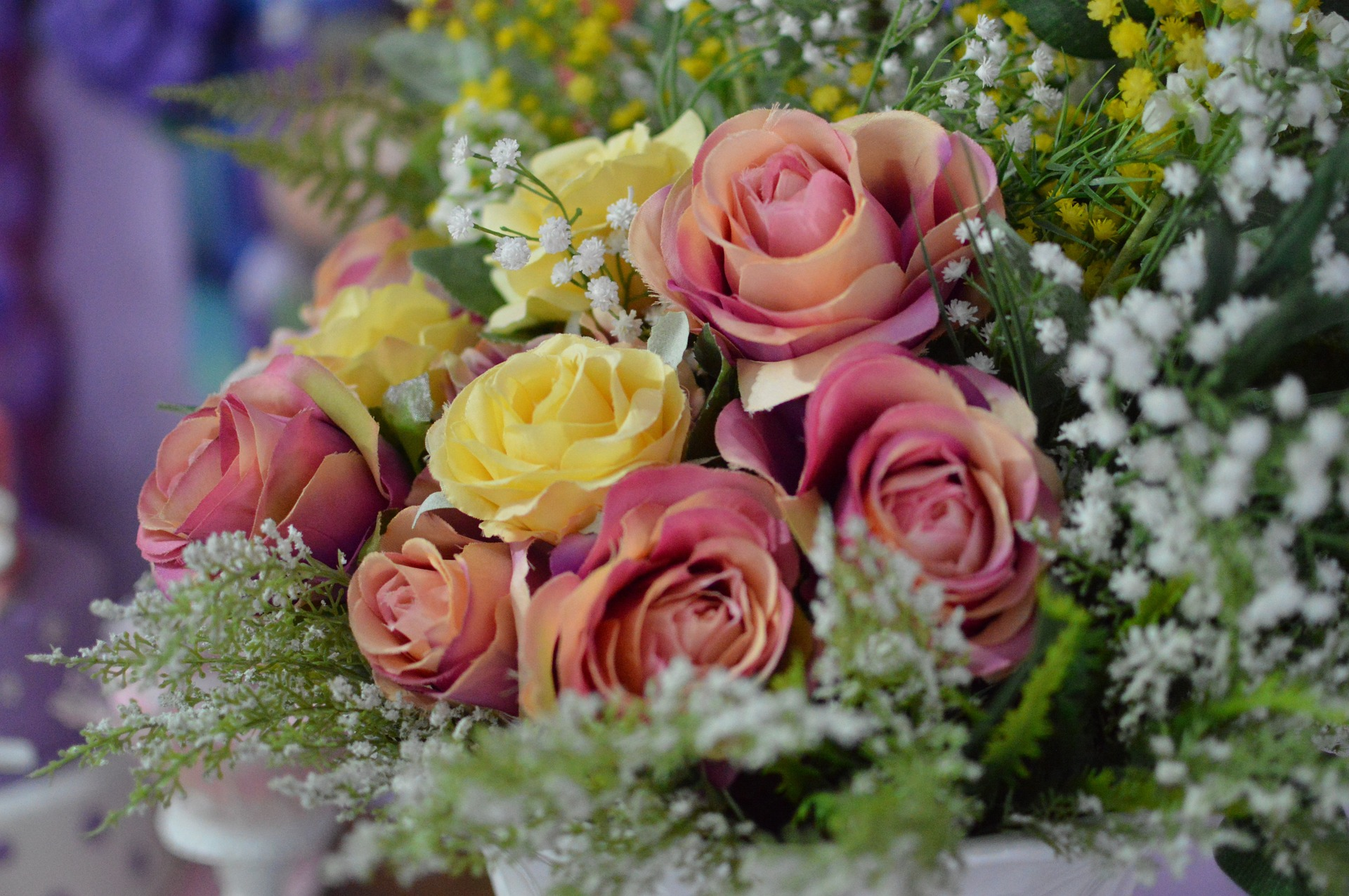 Artificial flowers – everything you need to know about them
