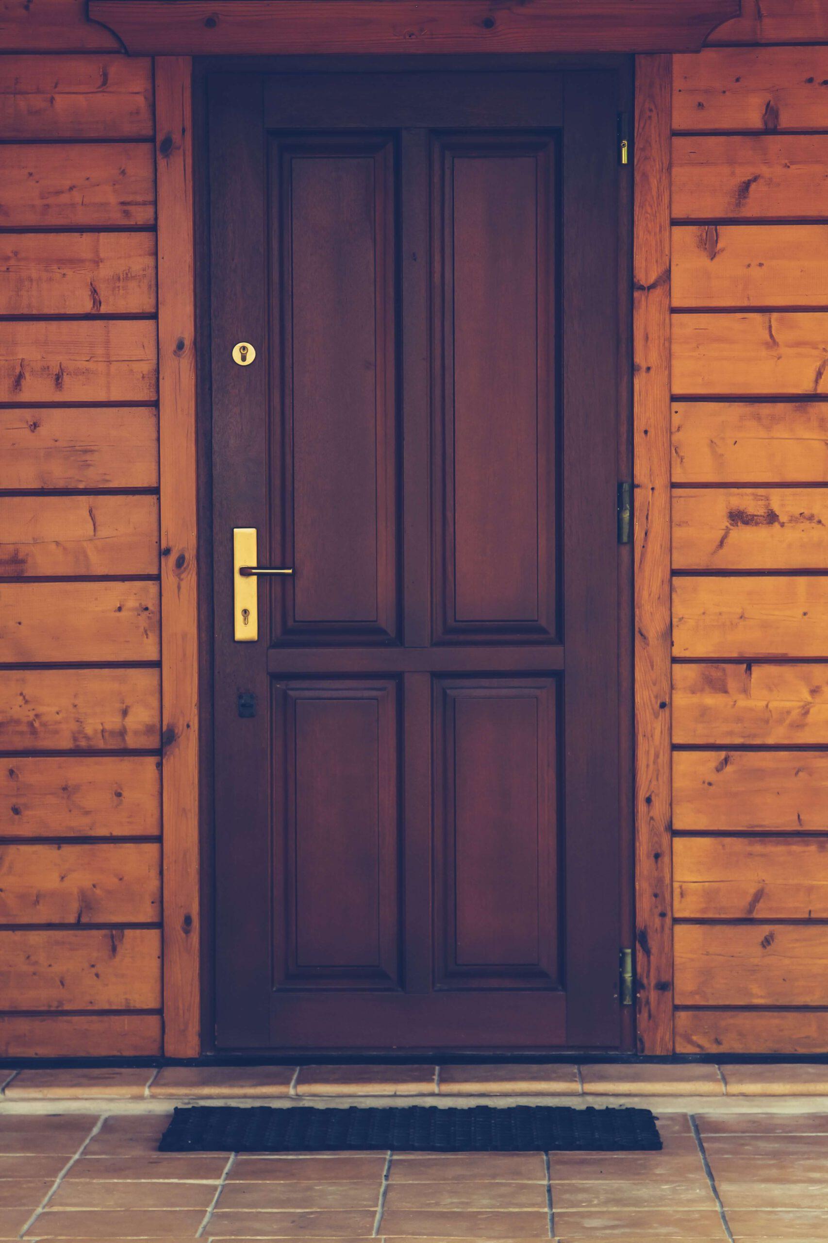 Jak wyregulować drzwi i pozbyć się popularnych usterek?